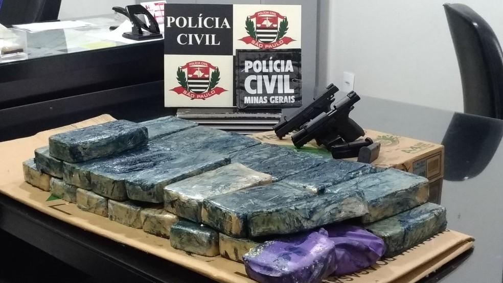 -  Policiais civis de MG e SP trabalharam em conjunto para prender suspeito de tráfico de drogas  Foto: Polícia Civil/Divulgação