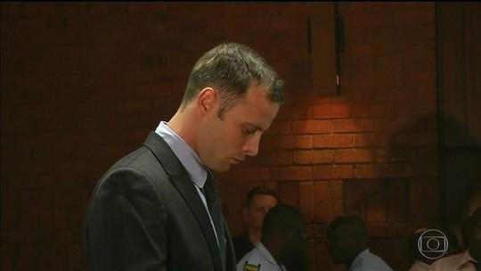 Justiça aumenta a pena de prisão de Oscar Pistorius de 6 para 13 anos