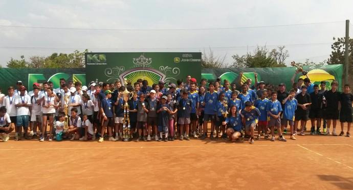 Finalistas do Circuito Nacional Pró-Tênis (Foto: Divulgação)
