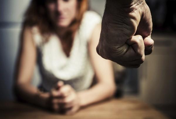 Datafolha divulga pesquisa alarmante sobre violência contra mulher (Foto: Thinkstock)