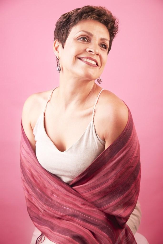 Shopping de Campinas recebe exposição fotográfica sobre mulheres que lutam contra câncer de mama  - Notícias - Plantão Diário