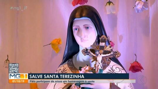 Católicos na Zona da Mata celebram Santa Teresinha