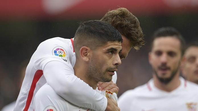 Sevilla vence o Girona e encosta no Barcelona na disputa pela liderança  6864c56464f6c