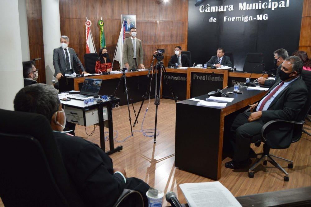 Audiência pública é realizada pela Câmara para debater medidas de combate ao coronavírus em Formiga