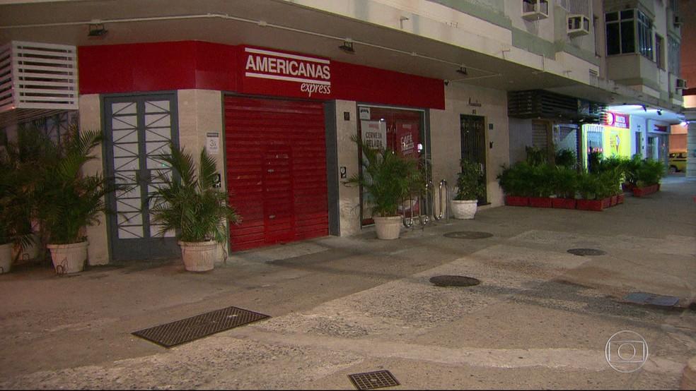 b1b26ceaf58f ... Filial da Lojas Americanas na Avenida Princesa Isabel foi roubada —  Foto: Reprodução/ TV