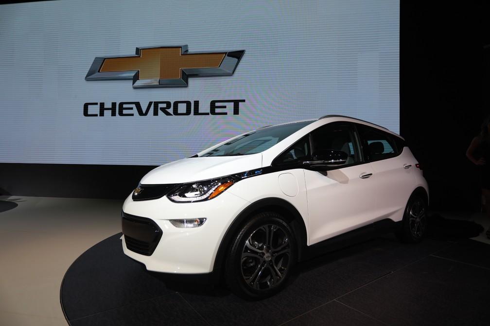 Chevrolet Bolt elétrico no Salão do Automóvel 2018 — Foto: Fabio Tito/G1