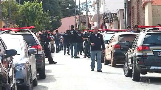 Ex-prefeitos de Esmeraldas são presos em operação contra fraude, diz polícia