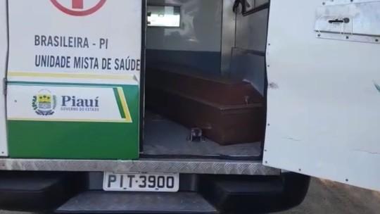 PRF flagra ambulância transportando caixão durante operação no Piauí
