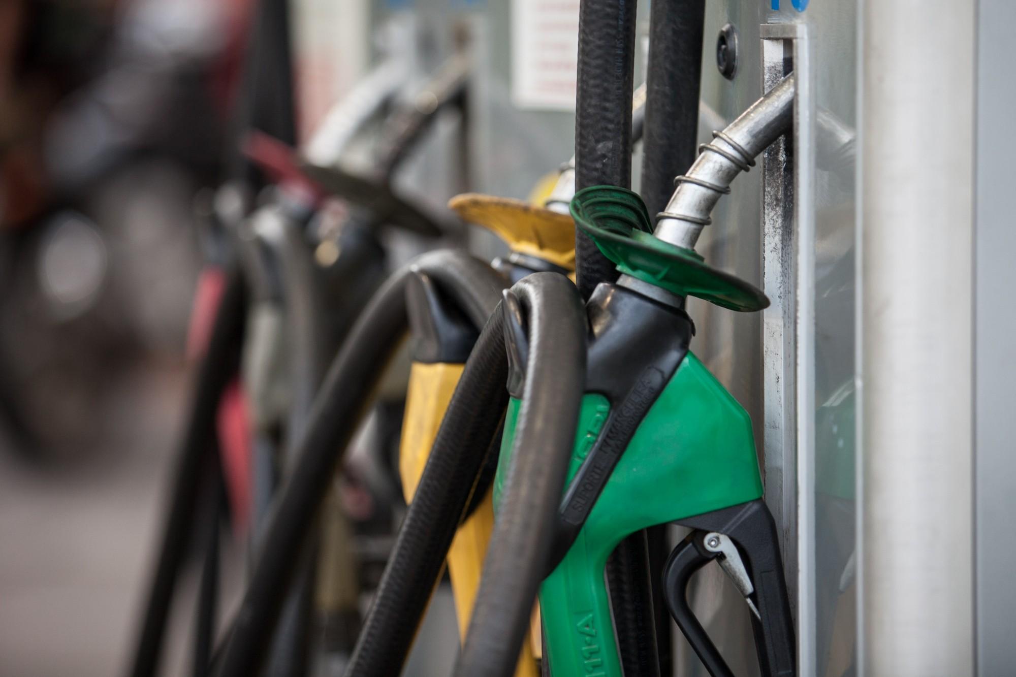 Preços da gasolina e do etanol têm nova alta, mostra ANP - Radio Evangelho Gospel