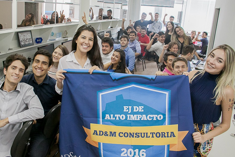 empresa júnior AD&M Consultoria Empresarial, ligada à Faculdade de Economia, Administração e Contabilidade da UnB (Foto: Beto Monteiro/Secom UnB)