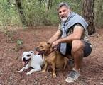 Leonardo Vieira com os seus cães em Lisboa | Reprodução