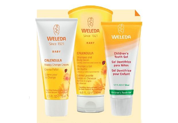A linha Calêndula, da Weleda, oferece um cuidado completo para a higiene do bebê, com creme para prevenção de assaduras, shampoo e sabonete e gel dental (Foto: Weleda)