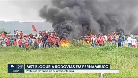 Manifestantes fecham estradas em Pernambuco em atos para apoiar Lula