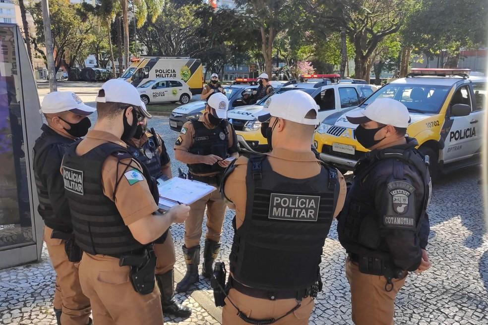 Policiais foram a pontos conhecidos por aglomerações. — Foto: SESP/Divulgação