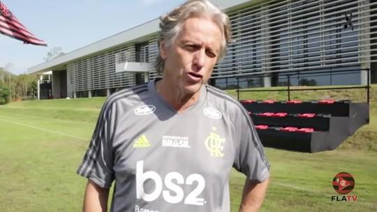 """Jorge Jesus fala em títulos com Flamengo, mas brinca com nome: """"Sou Jesus, mas não faço milagre de um momento para o outro"""""""