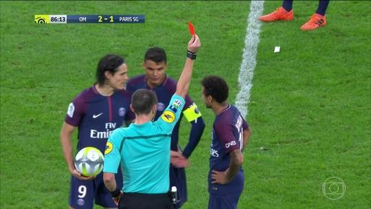 Neymar tem mais cartões em sua carreira do que Pepe? Checamos