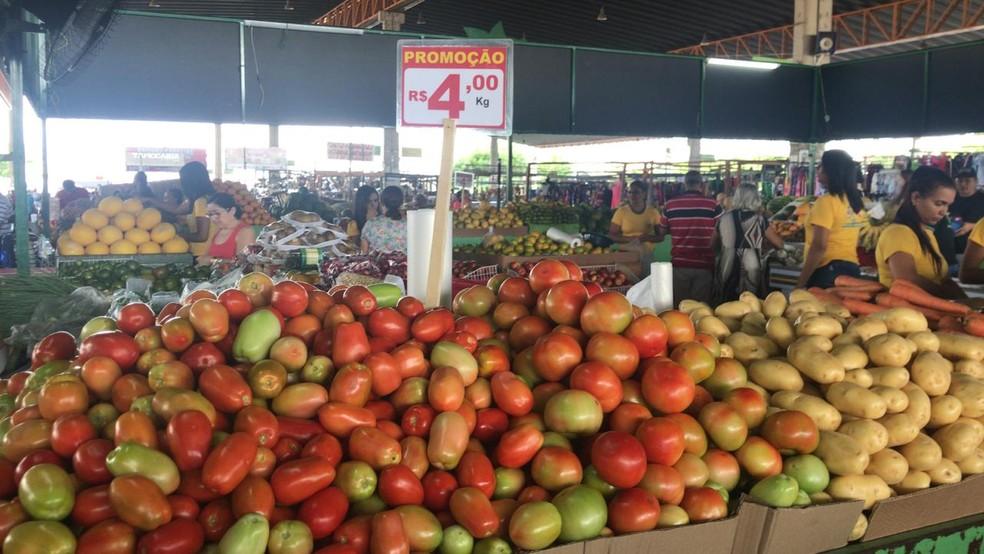 Prefeitura volta a modificar horário de funcionamento das feiras livres de  Petrolina | Petrolina e Região | G1