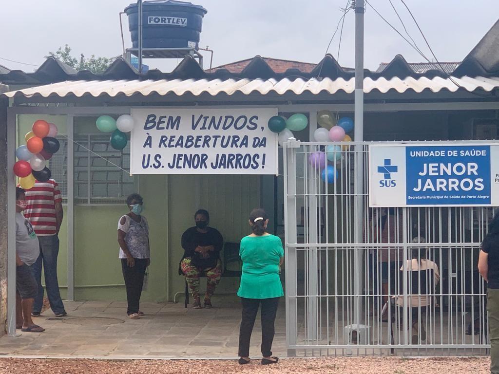 Segundo posto de saúde é reaberto em Porto Alegre após decisão judicial