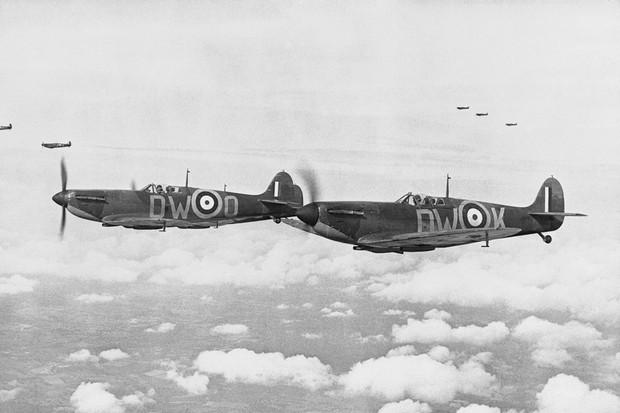 O Spitfire e o Hurricane foram fundamentais para vencer a Batalha da Grã-Bretanha (Foto: Divulgação)