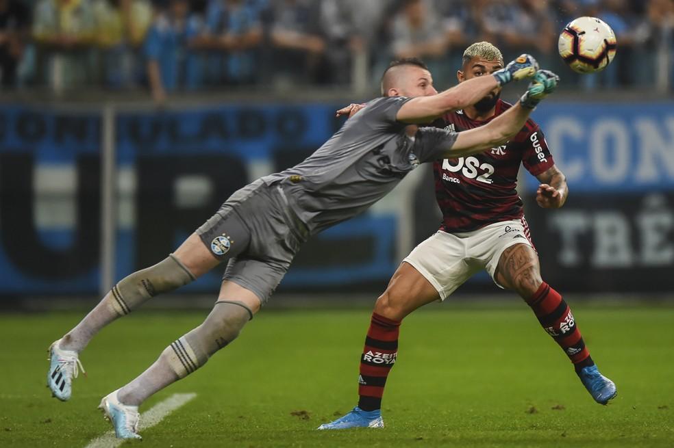 Paulo Victor falhou em gols anulados do Flamengo e recebeu críticas de torcedores — Foto: Vinícius Costa/BP Filmes