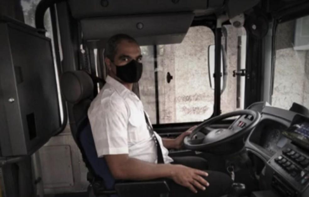 Motorista de ônibus de BH foi agredido por pedir que passageira usasse máscara. — Foto: TV Globo / Reprodução