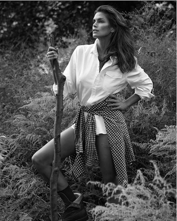 A modelo Cindy Crawford em uma foto antiga (Foto: Instagram)
