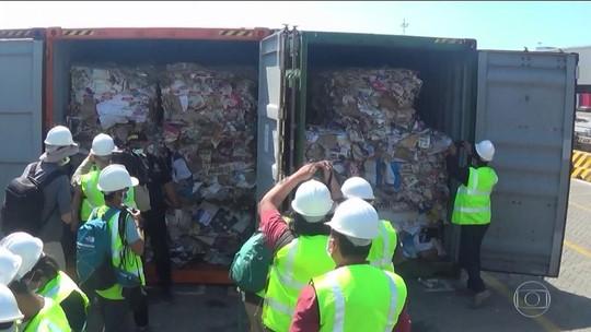 Indonésia devolve oito contêineres com mais de 200 toneladas de lixo para Austrália