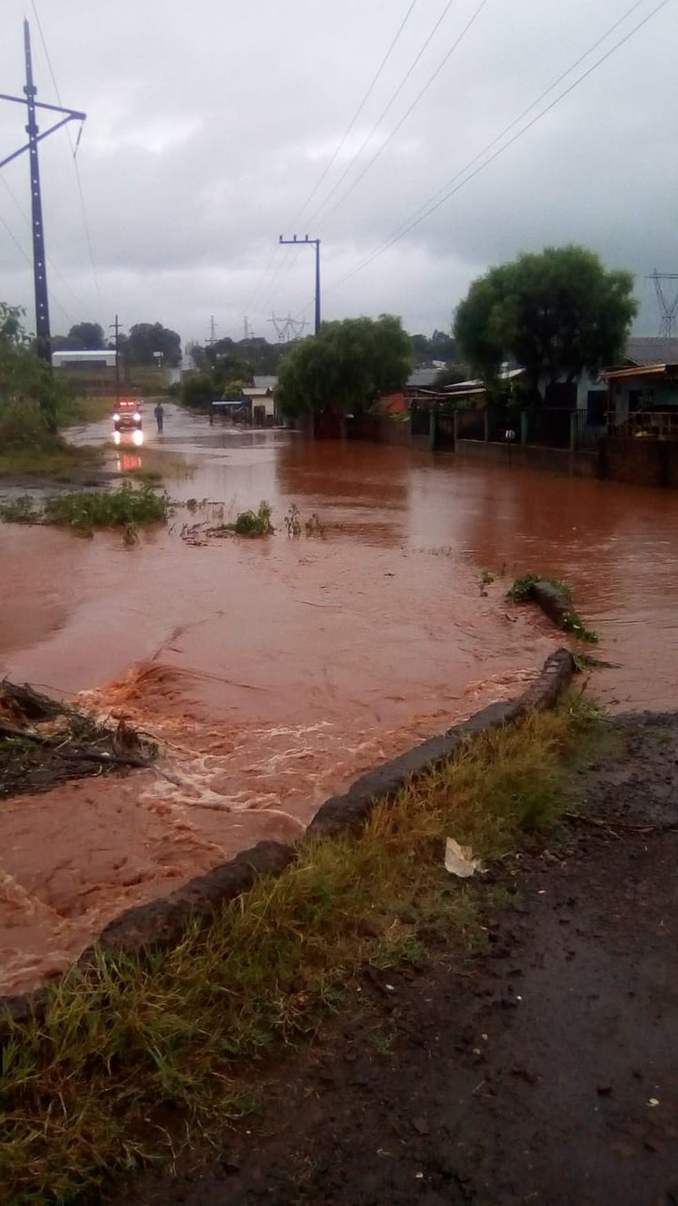 Alagamentos foram registrados em diversos pontos de Xanxerê — Foto: Defesa Civil/Divulgação