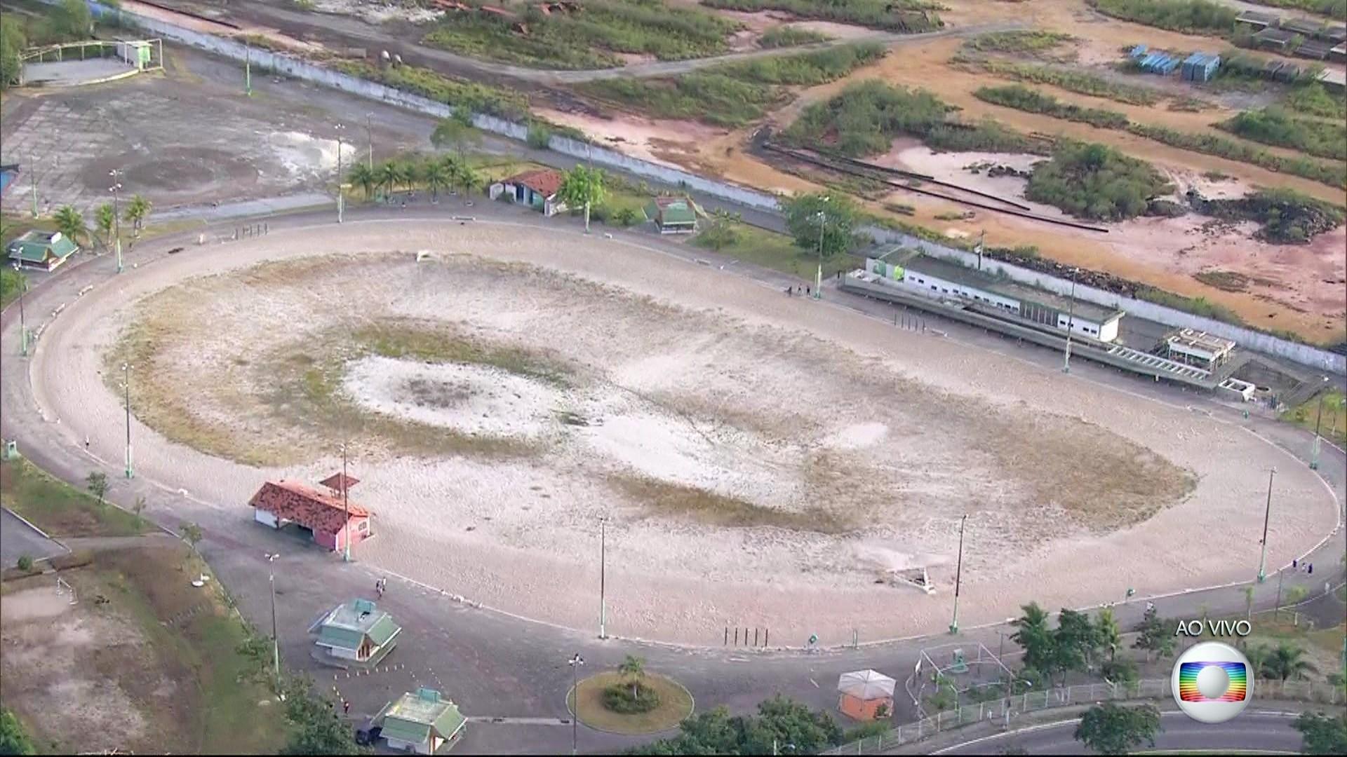 Piscinão de São Gonçalo, no RJ, está fechado no verão e sem previsão de reabertura