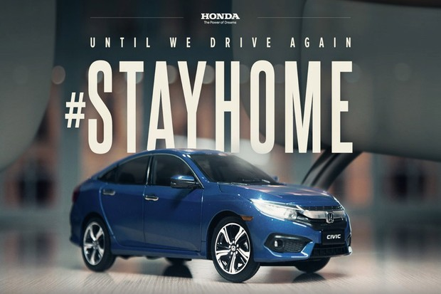 Honda records Civic commercial at home using a miniature