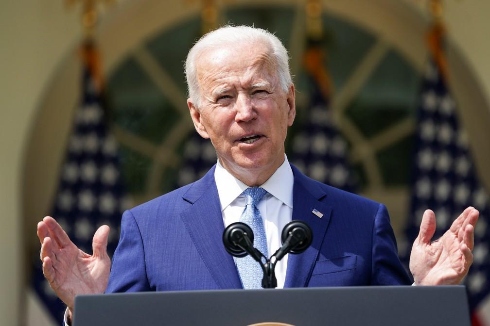 Presidente Joe Biden apresenta ordens executivas contra o uso de armas nos EUA em 8 de abril de 2021 — Foto: Kevin Lamarque/Reuters