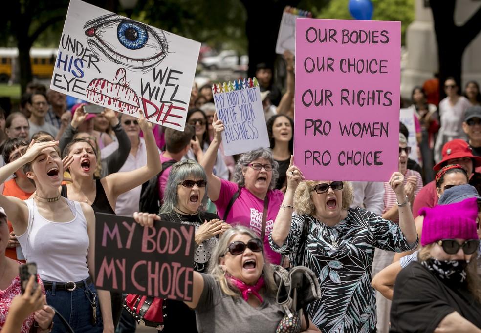 Protestos pelos direitos reprodutivos em Austin, no Texas, em 2019 — Foto: Jay Janner/Austin American-Statesman via AP