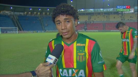 """Sampaio está há 11 jogos sem vencer na Série B e Misael fala que """"falta mais agressividade"""""""