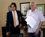 Guilherme Boury é dirigido pelo avô materno, Reynaldo, em cena de 'Chiquititas' | Lourival Ribeiro/SBT