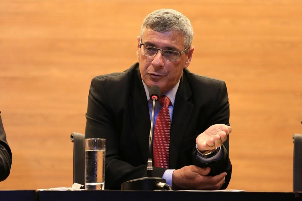 Coronel Marinho, presidente da comissão de arbitragem da CBF, confirmou afastamento dos árbitros paraibanos (Foto: Lucas Figueiredo/CBF)