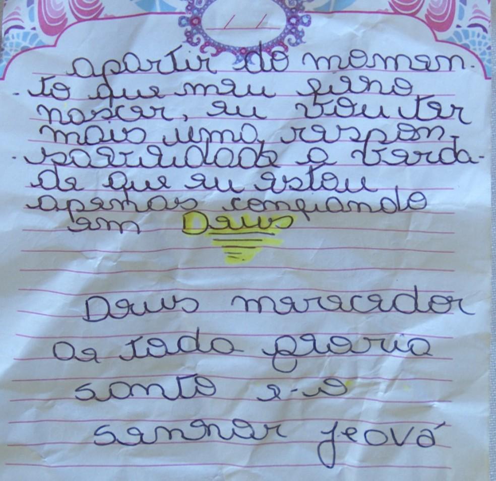 Mãe achou bilhete escrito pela filha (Foto:  Rede Amazônica/Reprodução)
