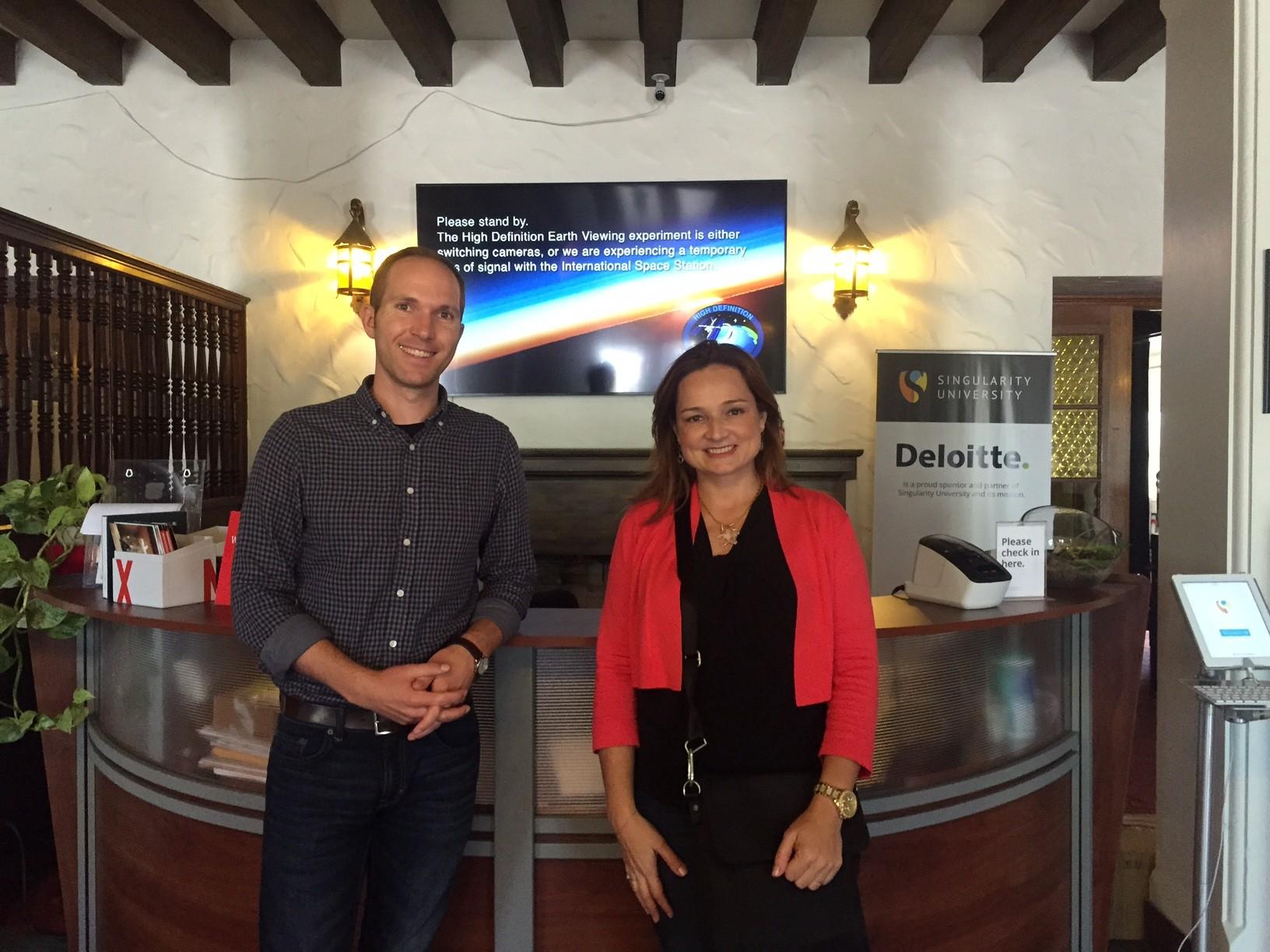 Kip Stringfellow e Fernanda Thees, ainda no campus antigo da SU na Califórnia (Foto: Fernanda Thees)