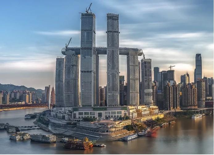 Arranha-céu horizontal é inaugurado na China  (Foto: Divulgação)