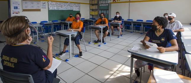 Aula na Escola Estadual Milton da Silva Rodrigues na Zona Norte de São Paulo