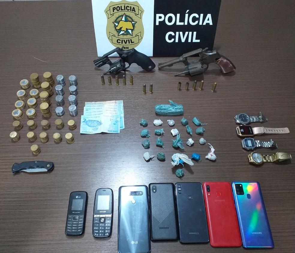 Polícia Civil apreendeu material com a quadrilha — Foto: Divulgação/Polícia Civil