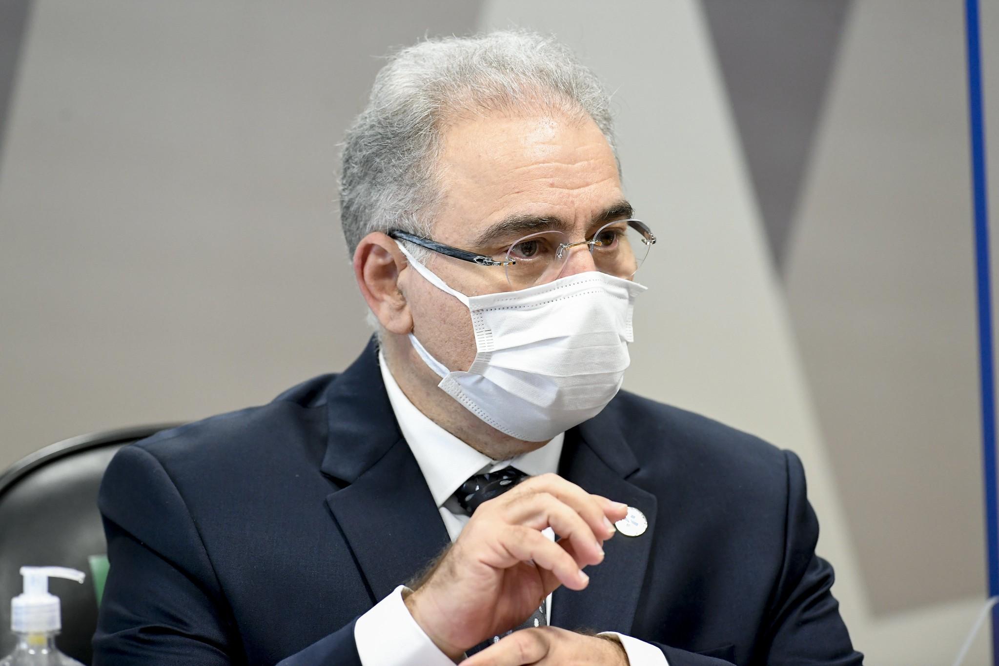 Em abril, Queiroga prometeu à OMS incentivar uso da máscara, mostram documentos