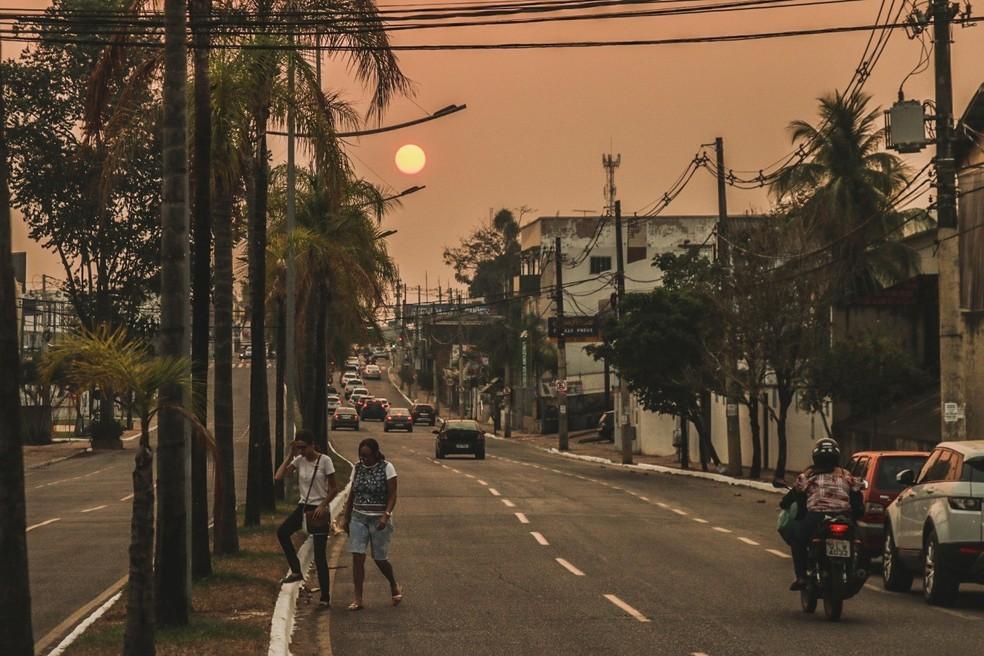População convive com fumaça, tempo seco e falta de chuva no Acre — Foto: Juan Diaz/Arquivo pessoal