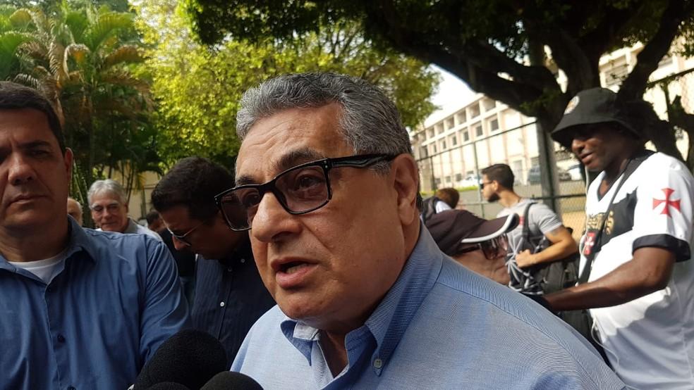 Rubens Lopes, presidente da federação carioca — Foto: Felipe Schmidt/GloboEsporte.com