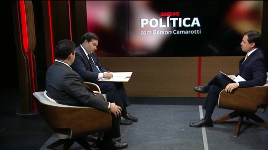 Maia entrega texto da Previdência a Alcolumbre na estreia do programa GloboNews Política