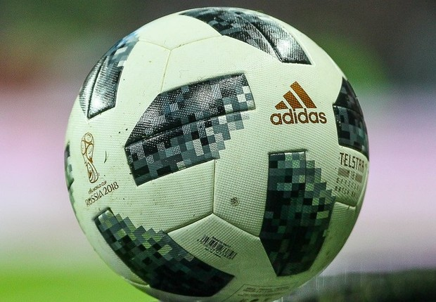 The Adidas Telstar 18, bola oficial da Copa do Mundo 2018 (Foto: Wikimedia Commons)