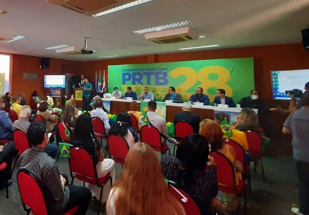 PRTB oficializa candidatura de Cezar Leite à Prefeitura de Salvador — Foto: Georgina Maynart/TV Bahia