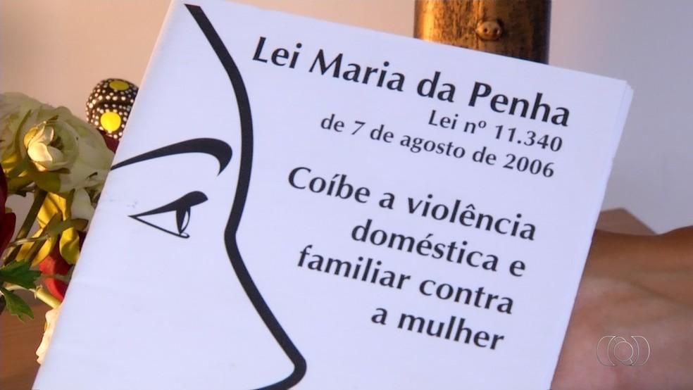 Lei Maria da Penha completa 11 anos (Foto: Reprodução/TV Anhanguera)