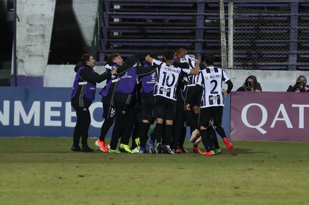 Montevideo Wanderers é o adversário do Corinthians na Sul-Americana — Foto: Raúl Martínez / EFE