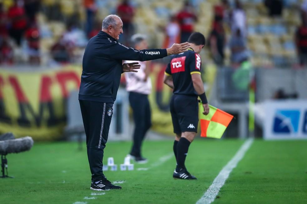 Felipão em derrota do Grêmio para o Flamengo — Foto: Lucas Uebel/Grêmio