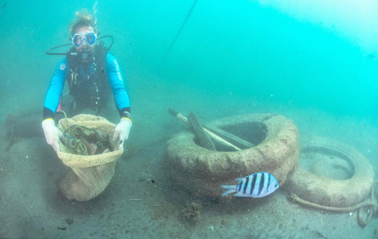 Mutirão realizado no mar recolhe 1,1 tonelada de entulhos em Fernando de Noronha, aponta balanço